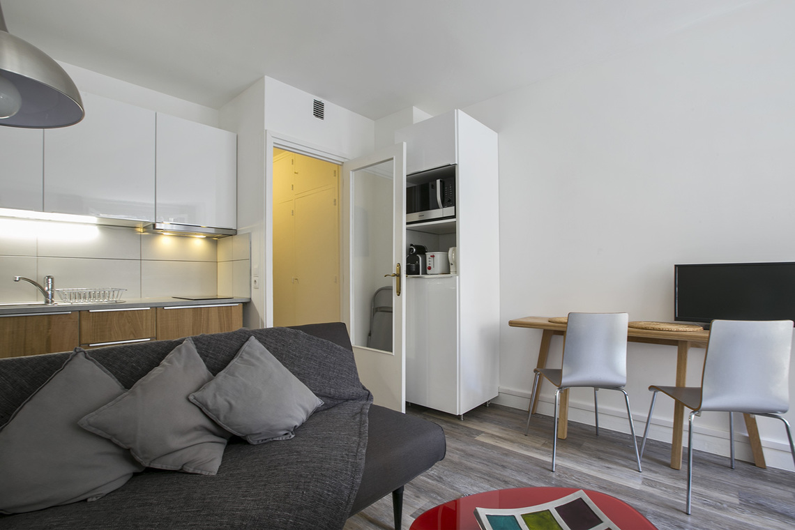 Apartment Paris Rue Etex 2