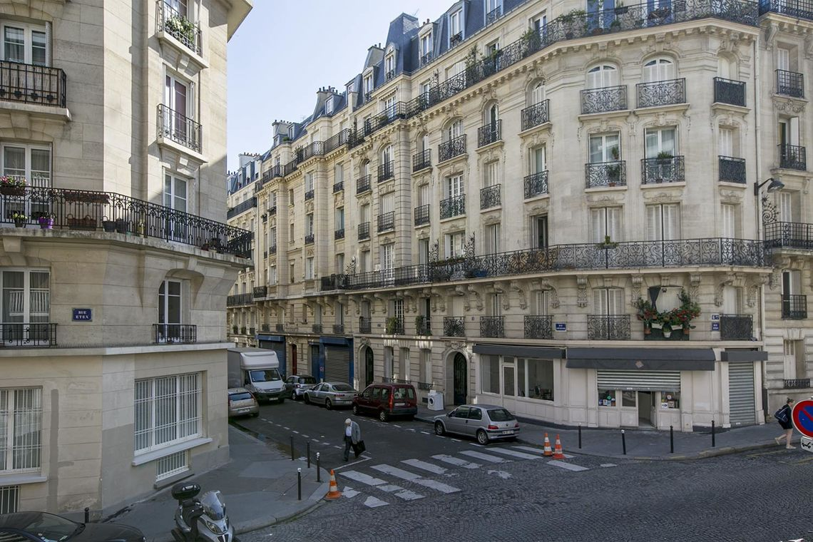 Apartment Paris Rue Etex 9