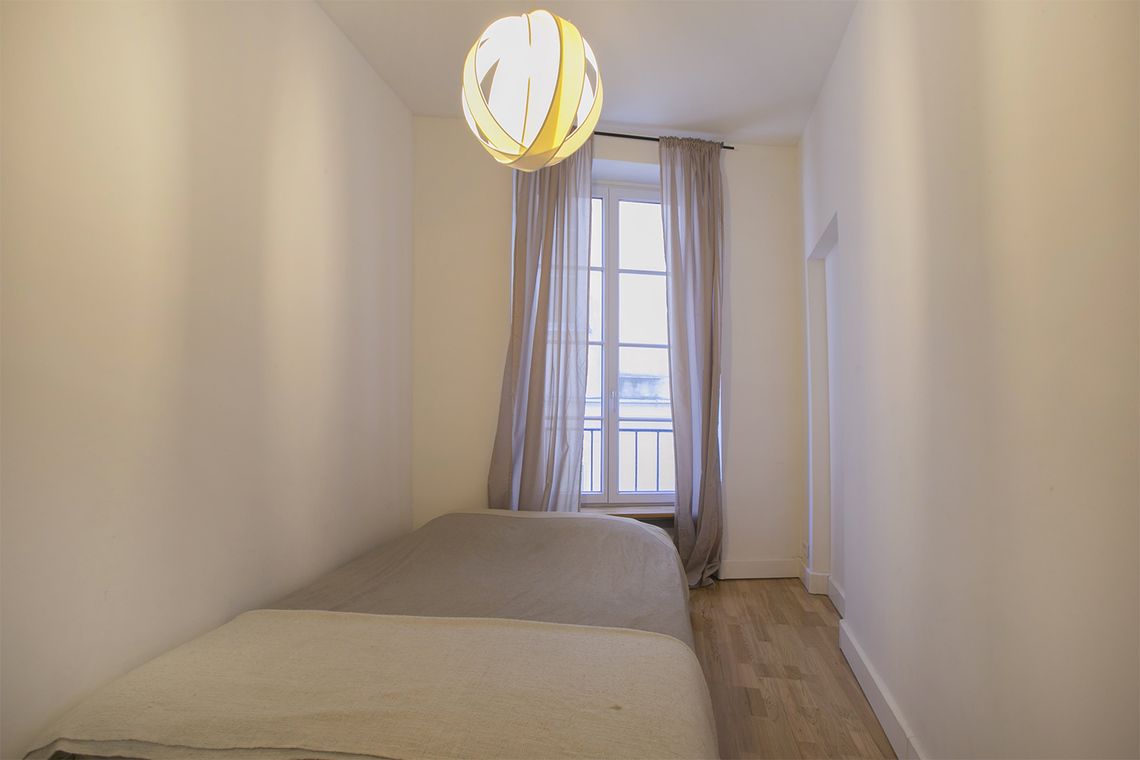Apartment Paris Rue Courtalon 6