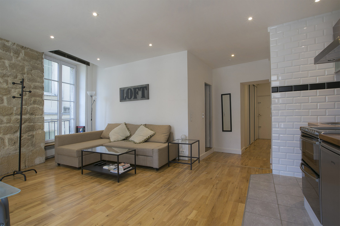 Furnished apartment for rent Paris Rue Courtalon