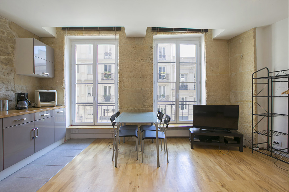 Apartment Paris Rue Courtalon 3