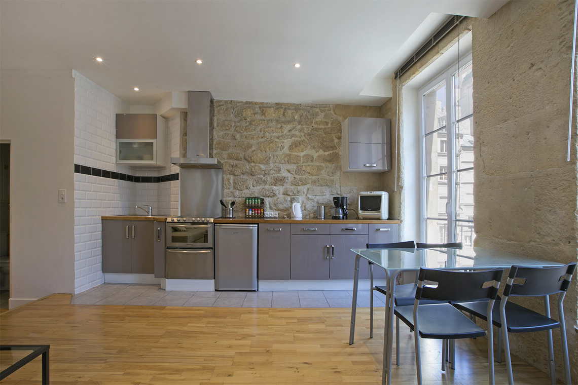 Apartment Paris Rue Courtalon 4