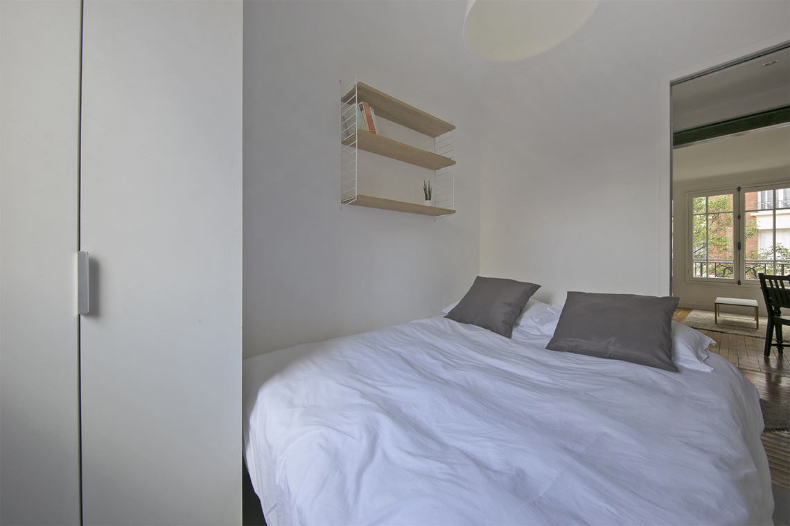 Appartement Paris Rue Victor Gelez 10