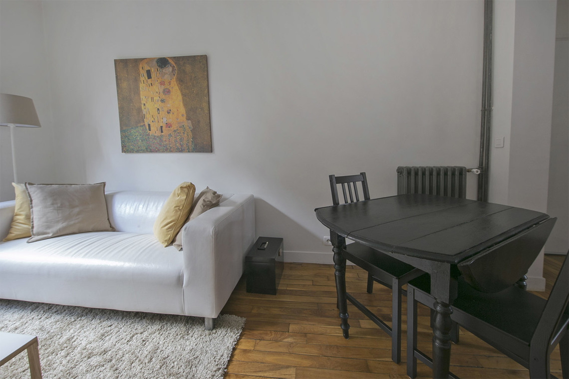 Appartement Paris Rue Victor Gelez 3