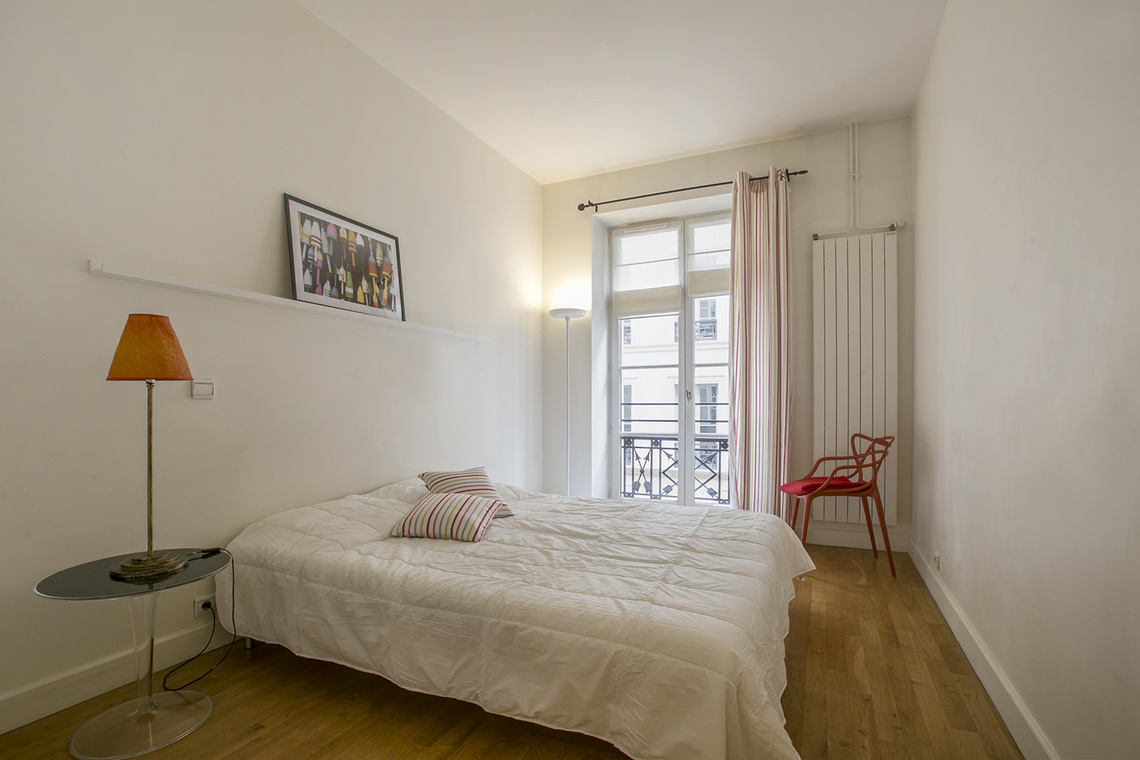 Apartment Paris Rue Godot de Mauroy 9