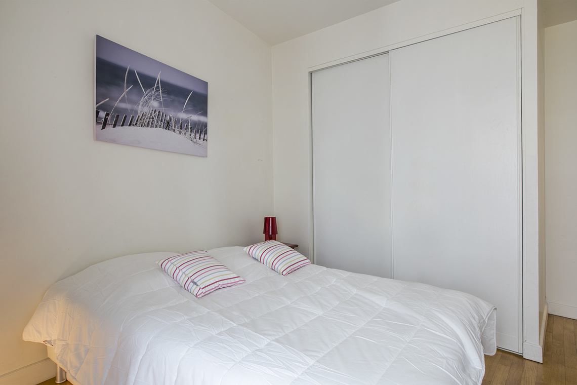 Apartment Paris Rue Godot de Mauroy 7