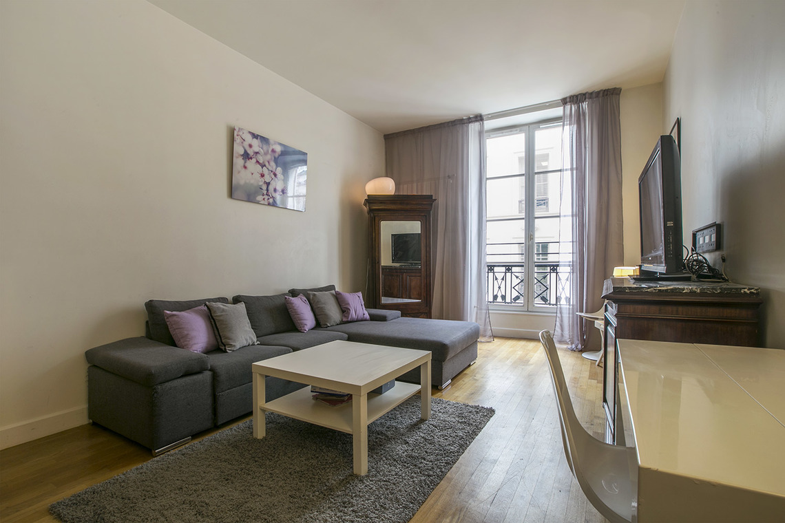Furnished apartment for rent Paris Rue Godot de Mauroy