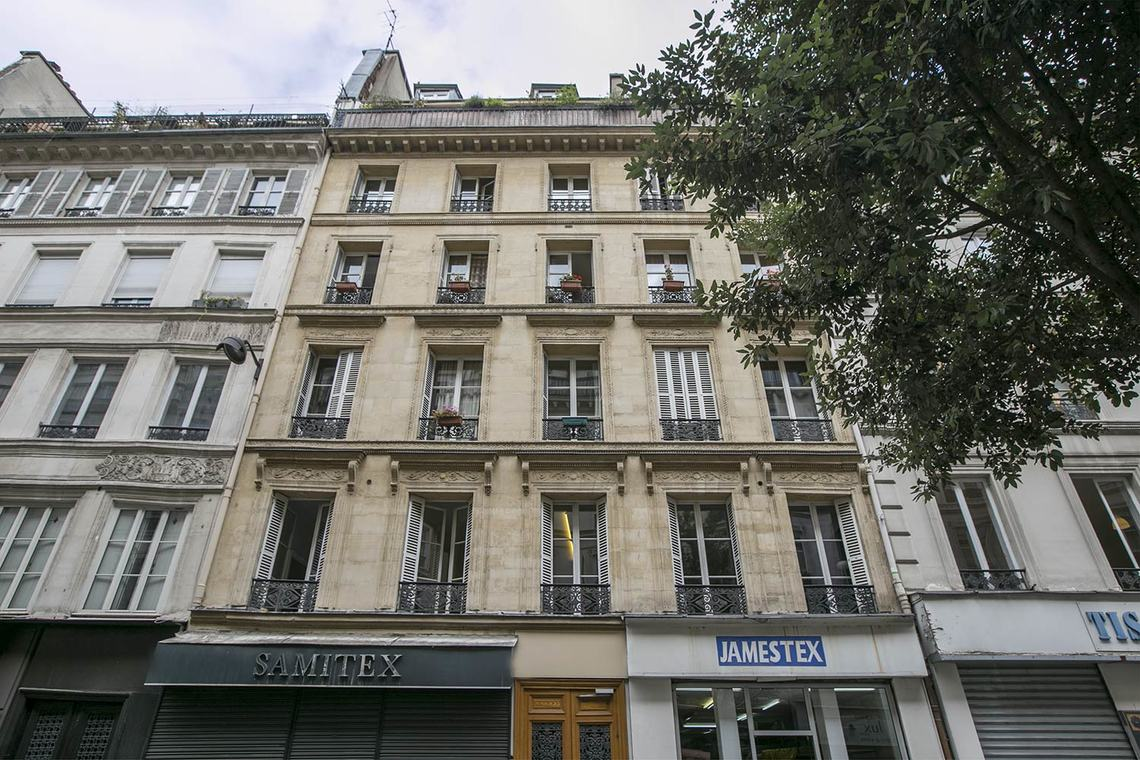 Apartment Paris Rue de Mulhouse 8