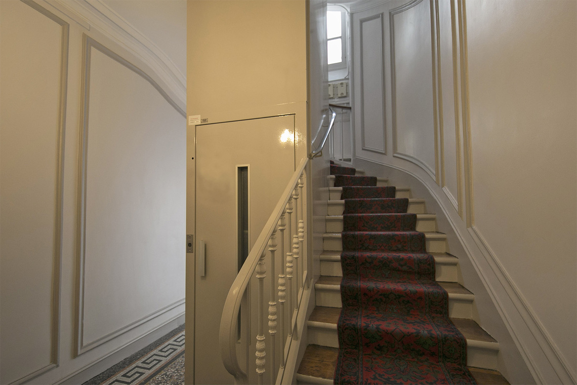 Apartment Paris Rue Coetlogon 15