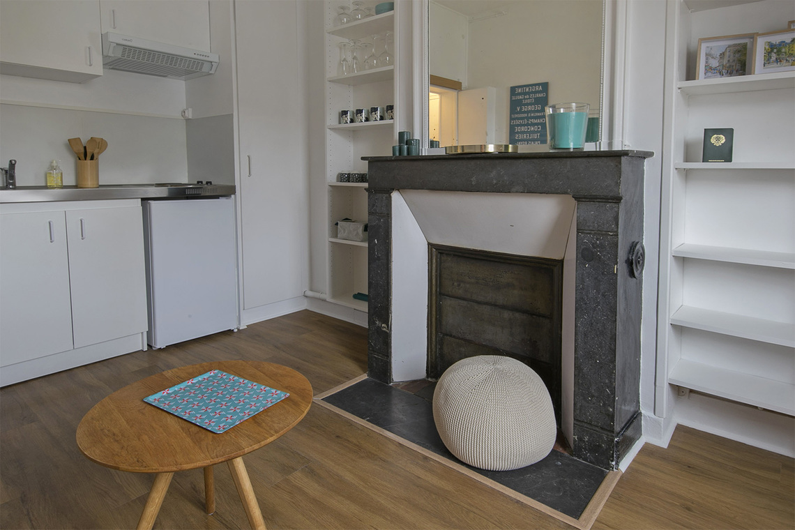 Apartment Paris Rue Coetlogon 6