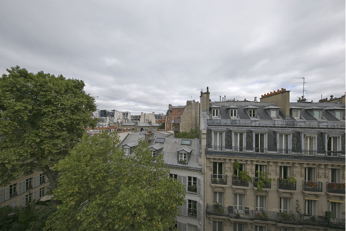 Apartment Paris Rue Coetlogon 13