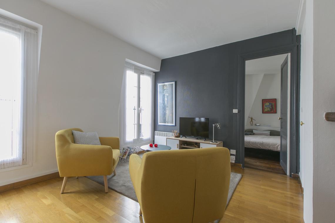 location appartement meubl rue ebelmen paris ref 15315. Black Bedroom Furniture Sets. Home Design Ideas