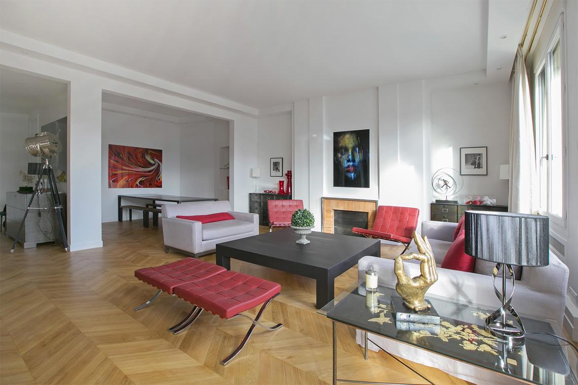 location appartement meubl rue de lisbonne paris ref 15339. Black Bedroom Furniture Sets. Home Design Ideas