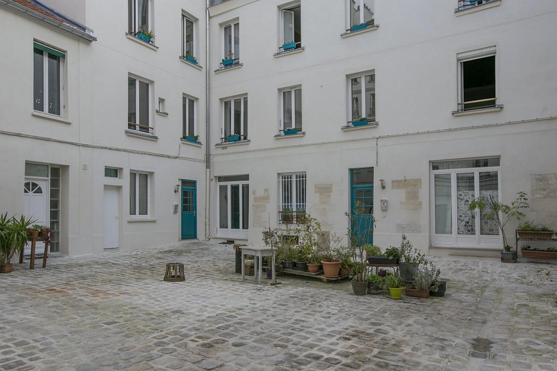 Apartment for rent rue du faubourg saint antoine paris - Paris rue du faubourg saint antoine ...