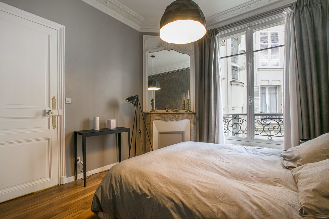 Apartment Paris Rue Rodier 14