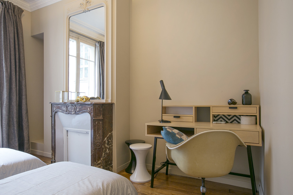 Apartment Paris Rue Rodier 19