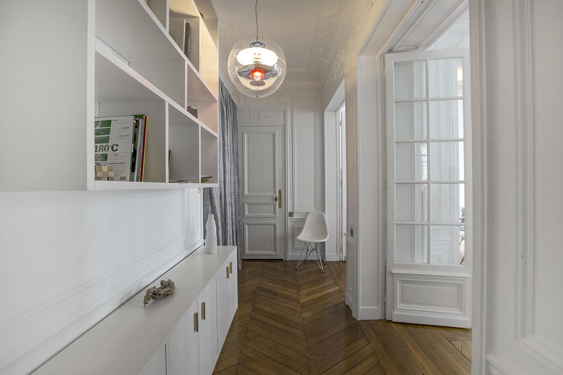 Location appartement meubl rue rodier paris ref 15362 for Canape rodier