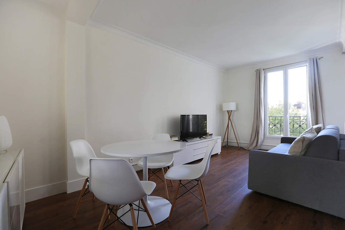 Apartment Paris Rue Caulaincourt 3