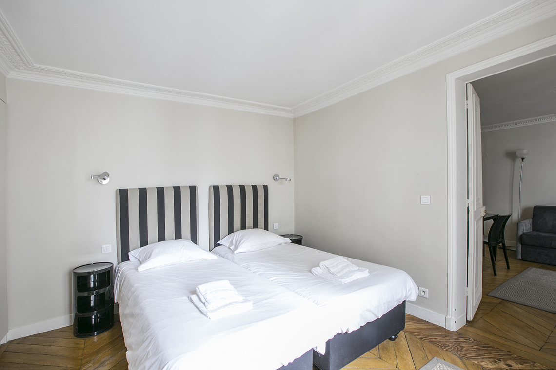 Apartment Paris Rue Saint Augustin 14