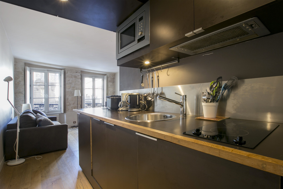 Apartment Paris Rue Saint Denis 7