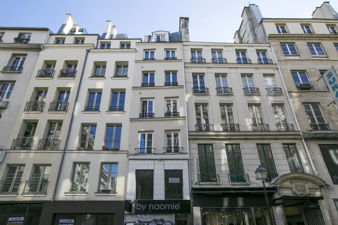 Apartment Paris Rue Saint Denis 11