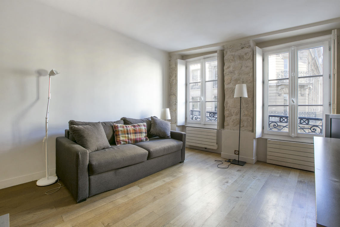 Furnished apartment for rent Paris Rue Saint Denis