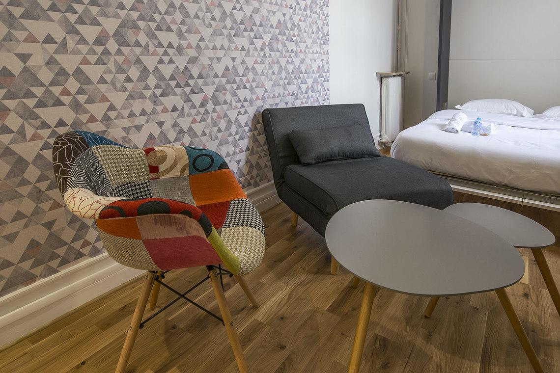 Studio for rent Avenue des Champs Elysées, Paris | Ref 15534