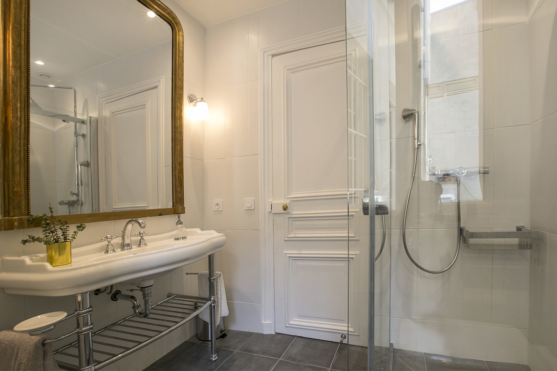 Apartment Paris Boulevard de la Tour Maubourg 12