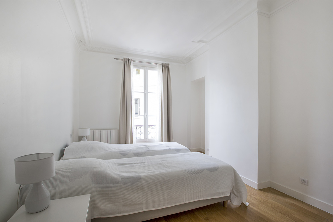 Apartment Paris Rue de Rennes 13
