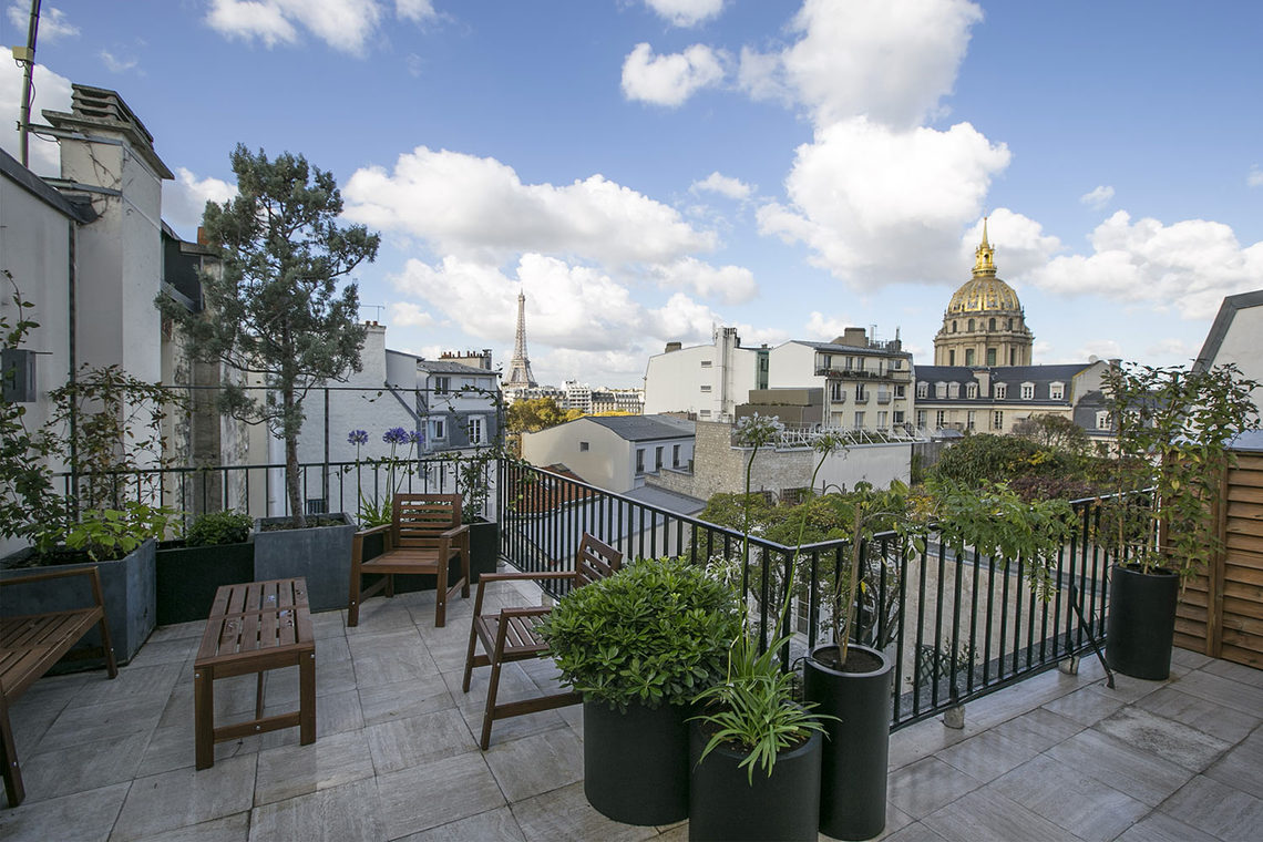 Apartment Paris Boulevard des Invalides 11