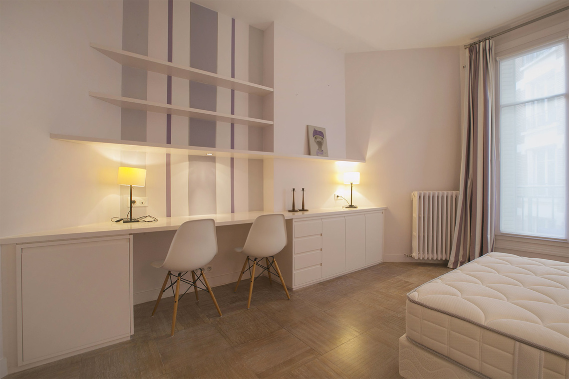 Apartment Paris Rue Barbet de Jouy 15