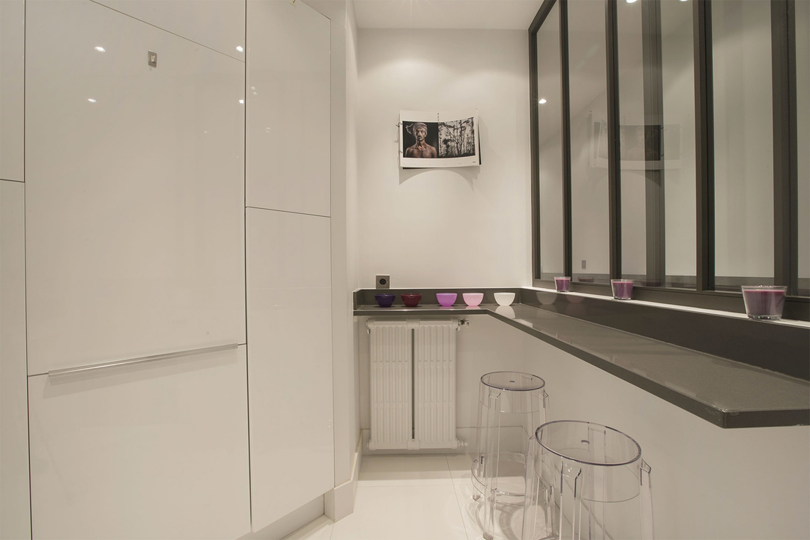Apartment Paris Rue Barbet de Jouy 8
