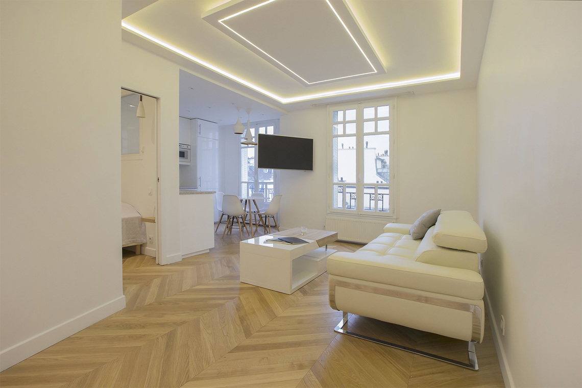 Location appartement meubl rue surcouf paris ref 15679 for Location studio meuble paris