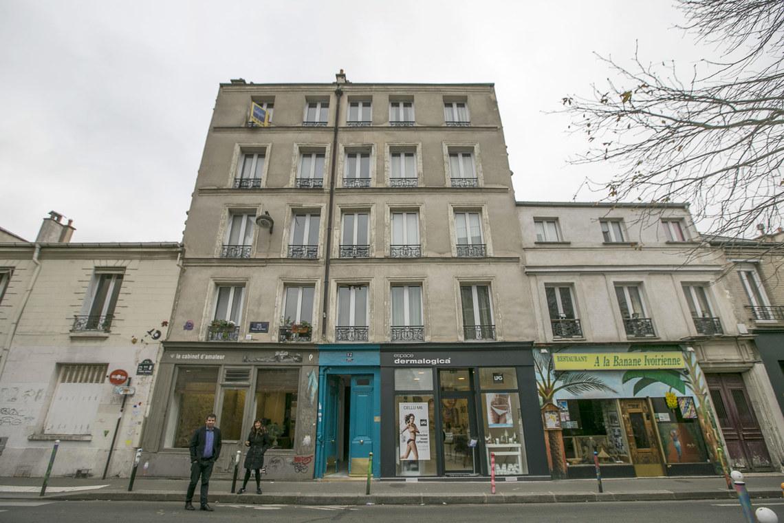 location studio meubl rue de la forge royale lot 8 paris ref 15686. Black Bedroom Furniture Sets. Home Design Ideas