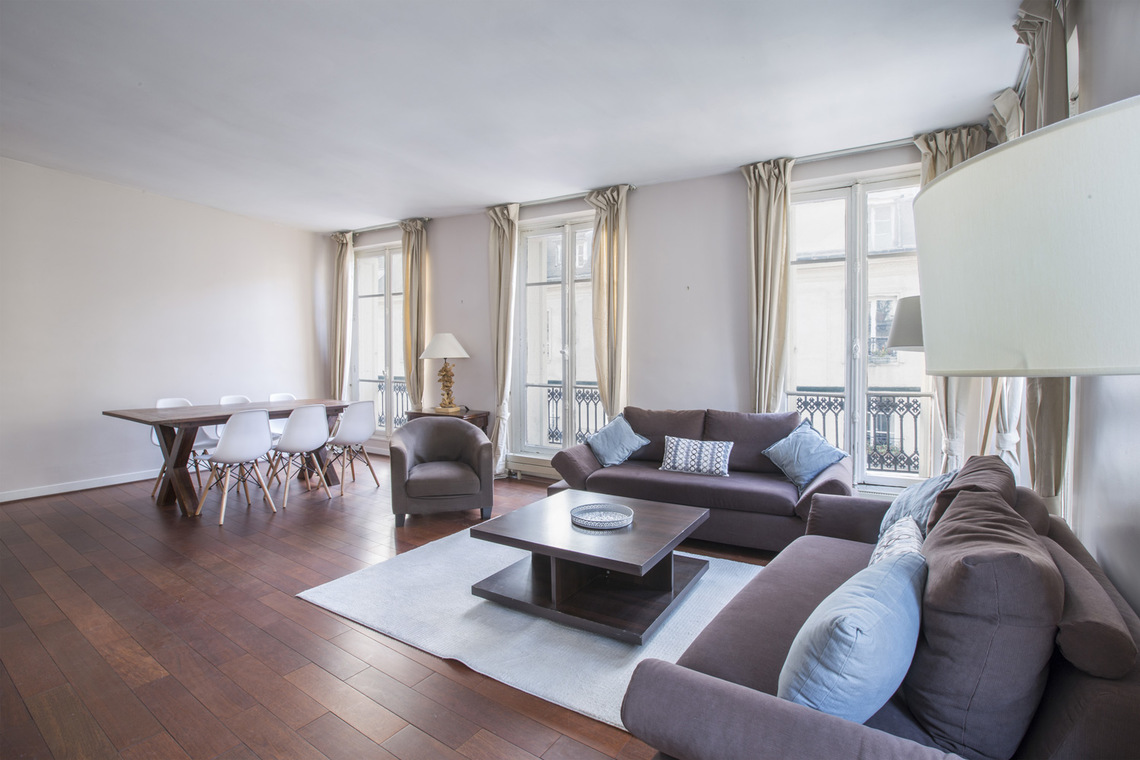 Apartment Paris Rue Bonaparte 2