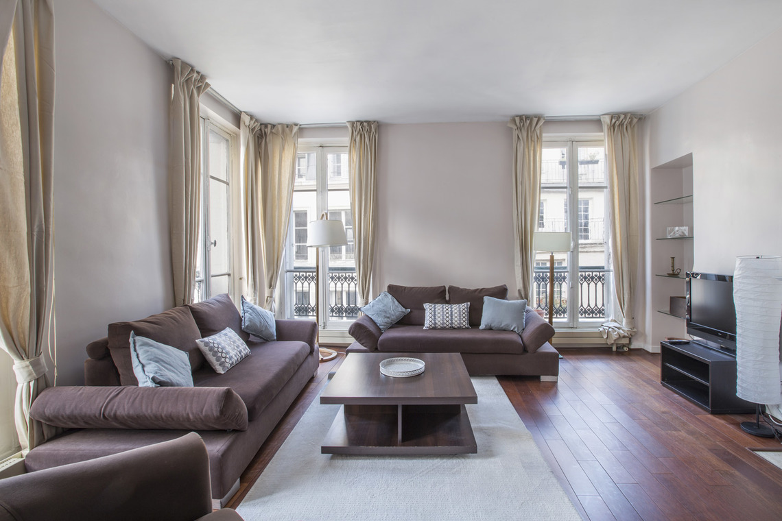 Apartment Paris Rue Bonaparte 3