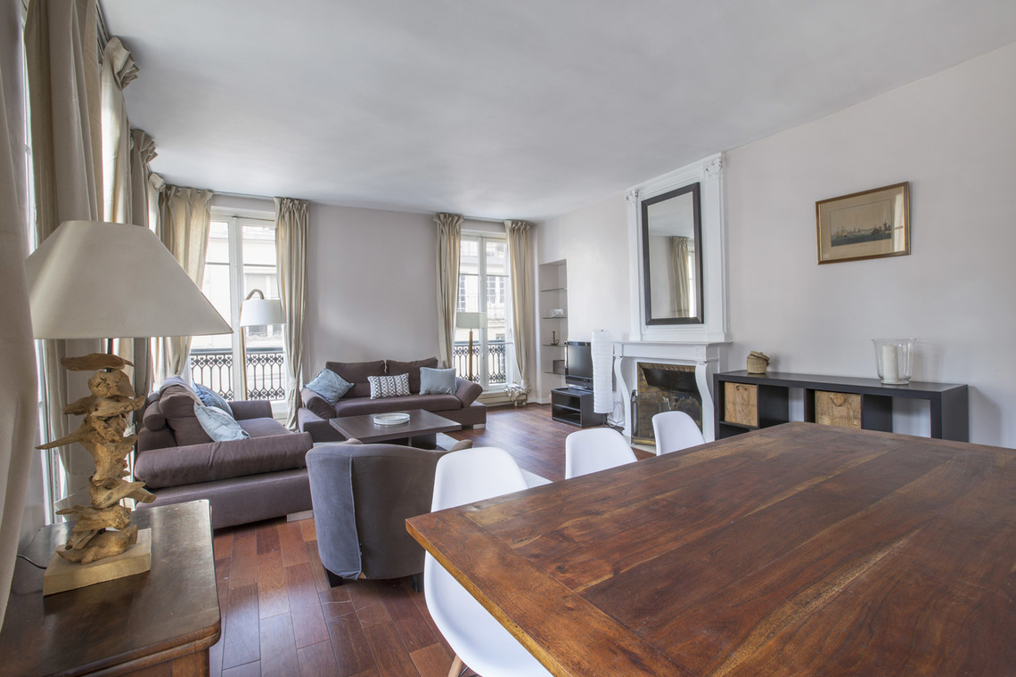 Apartment Paris Rue Bonaparte 4