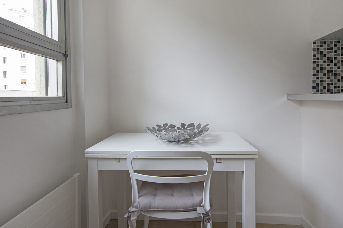 Location studio meubl rue guersant paris ref 15858 for Location appartement non meuble paris