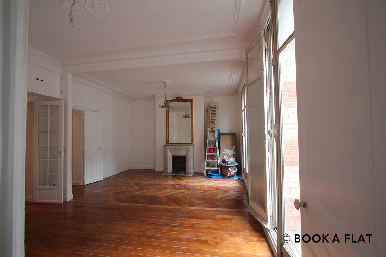 Furnished apartment for rent Paris Rue de Siam