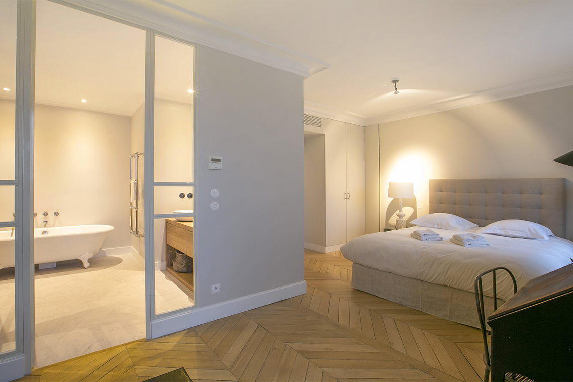 Apartment Paris Boulevard Saint Germain 15