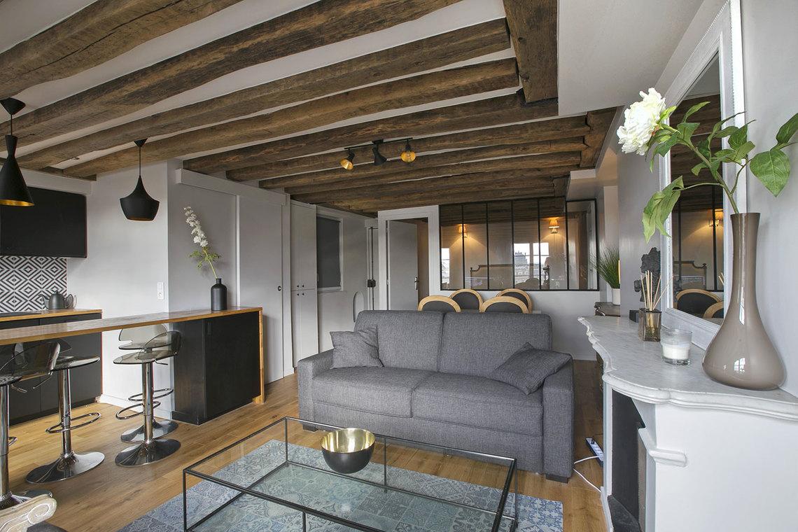 location appartement meubl rue des petits champs paris ref 16085. Black Bedroom Furniture Sets. Home Design Ideas