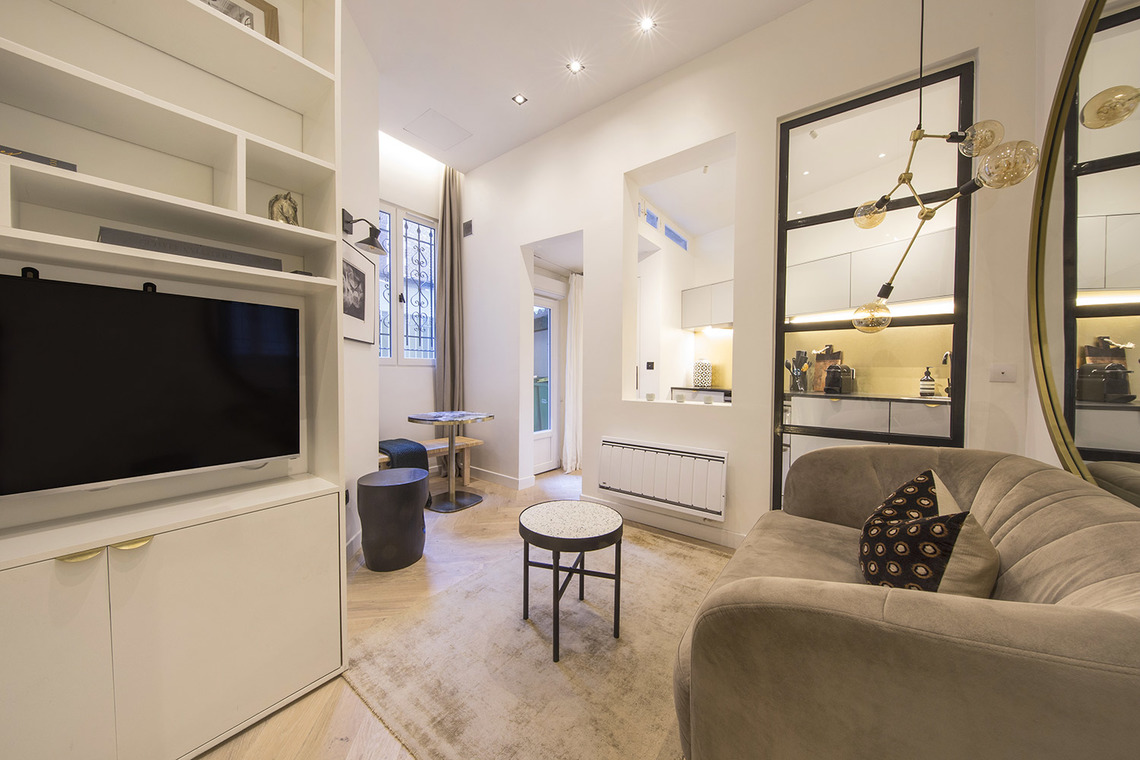 Paris Boulevard Saint Michel Apartment for rent