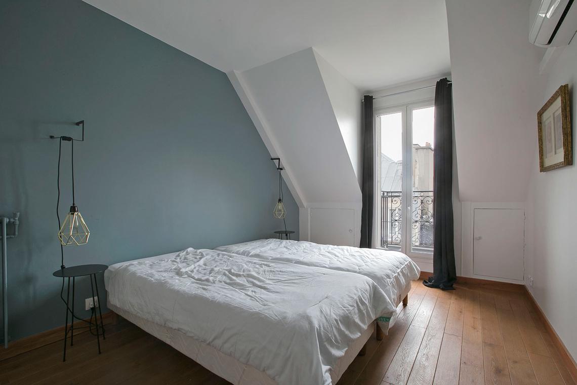Apartment For Rent Rue Des Je U00fbneurs  Paris
