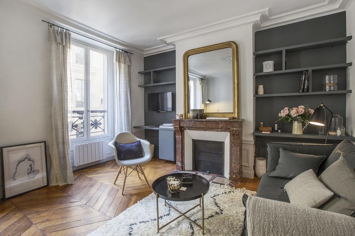 Appartement à louer à Paris meublé et décoré avec goût