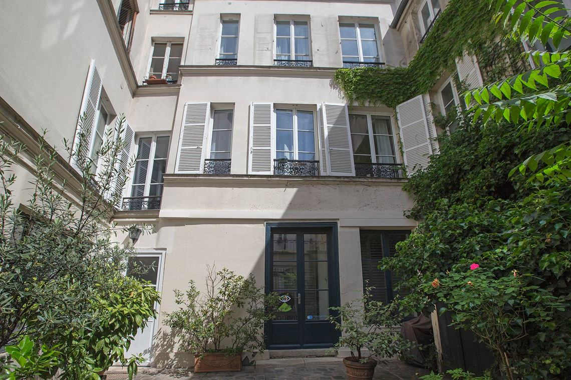 Apartment Paris Rue de l'Éperon 22