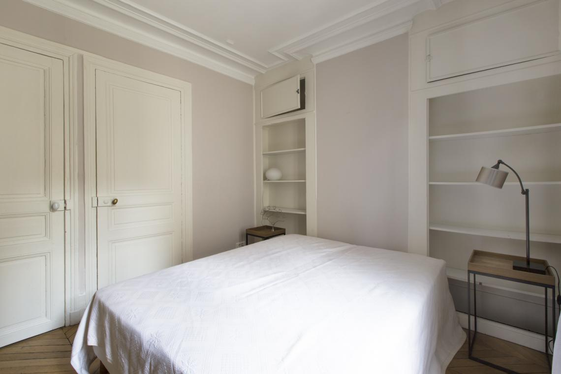 Apartment Paris Rue Brunel 9