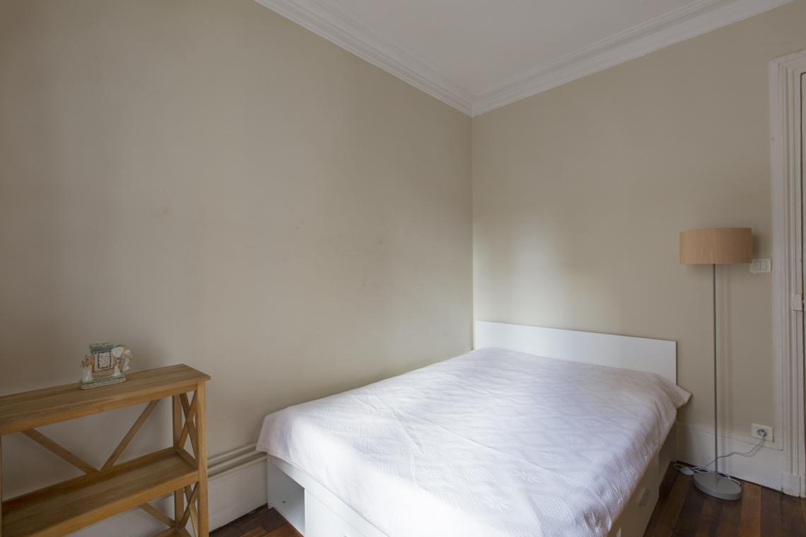 Apartment Paris Rue Brunel 12