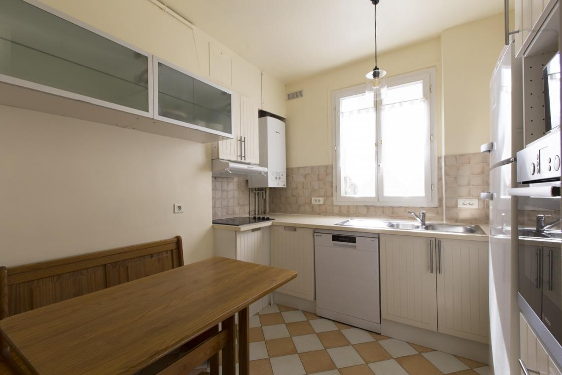 Apartment Paris Rue Brunel 6
