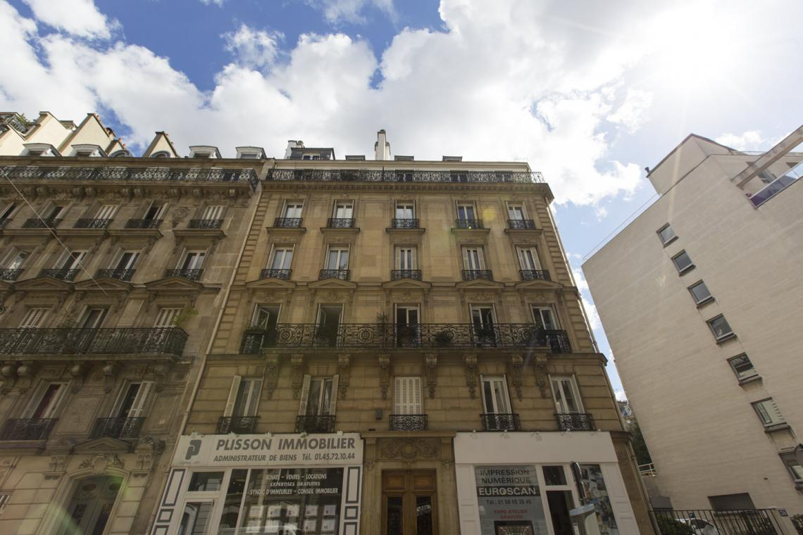 Apartment Paris Rue Brunel 22