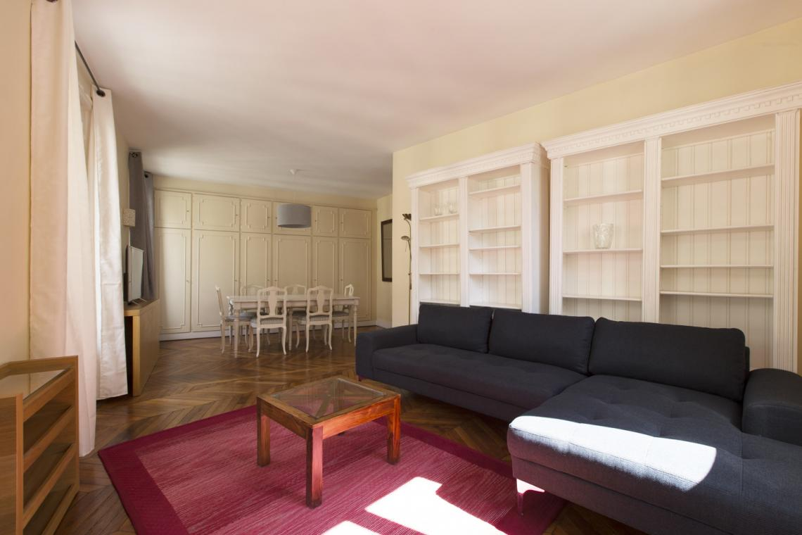 Paris Rue Brunel Apartment for rent